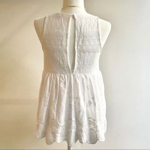 Love Riche Tops - Beautiful White Eyelet Sleeveless Blouse